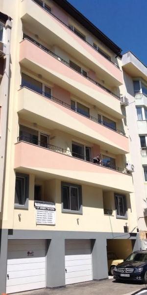 Apartment building str. Petko Todorov 40