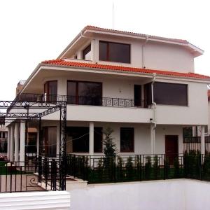 Частная резиденция в с. Зеленика, Варна