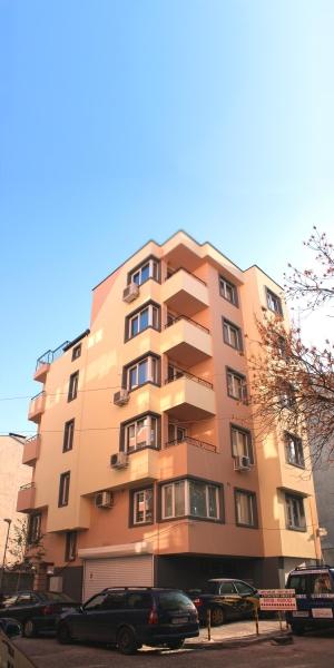 Apartment building str Nacho Nachev 14