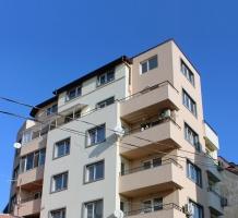 Apartment Building str. Belasica 42