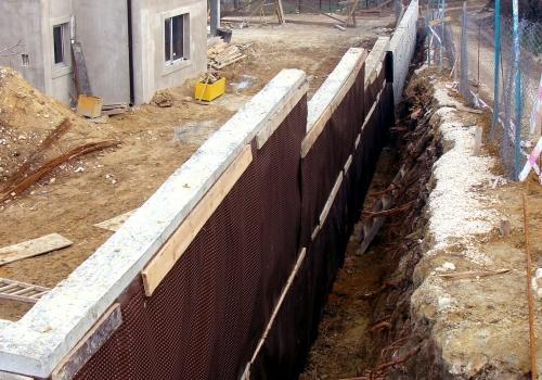 Retaining wall – Trakata