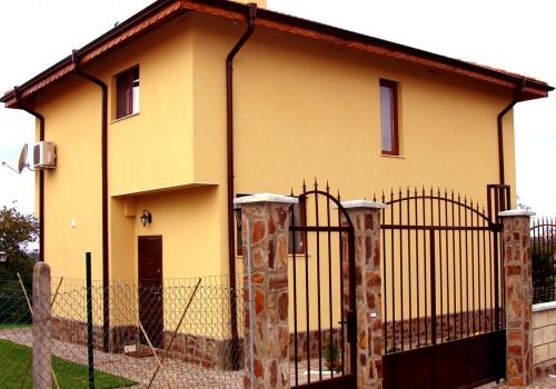 Семейный дом в Приселци
